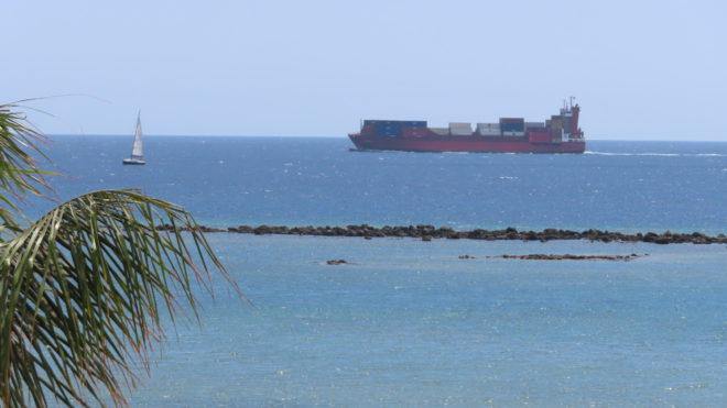Náš kontejner dorazil do přístavu!
